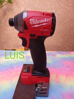 MILWAUKEE HEX IMPACT DRIVER for Sale in Bell Gardens, CA