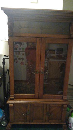 Antique Locking Gun Cabinet for Sale in Sunnyvale, CA