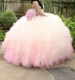 quinceanera dress size 4 for Sale in Arlington, TX