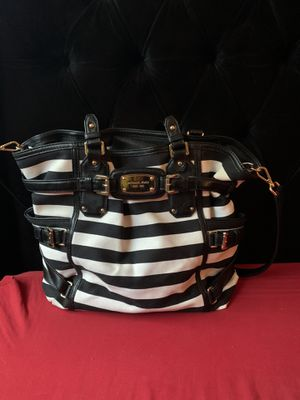 Micheal Kors tote purse bag new for Sale in Austin, TX