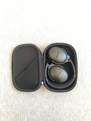 Bose quiet comfort 35 series II wireless headphones for Sale in San Diego, CA