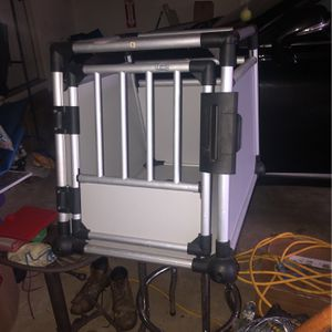 Trixie Aluminum Dog Crate for Sale in Sterling, VA