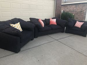 Delivery - comfiest designer couch sofa chairs 3pcs for Sale in Burleson, TX