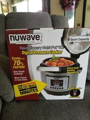 Nuwave digital pressure cooker for Sale in Menomonie, WI