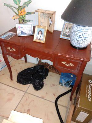 Desk for Sale in Hollywood, FL