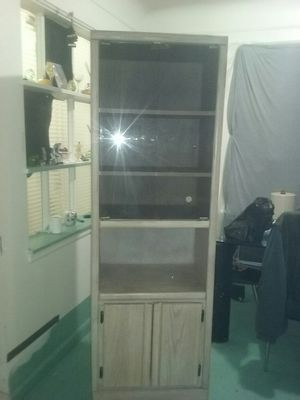 Display cabinet for Sale in Detroit, MI