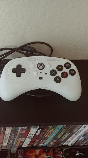 Hori Fighting Commander Xbox/PC controller for Sale in Ontario, CA