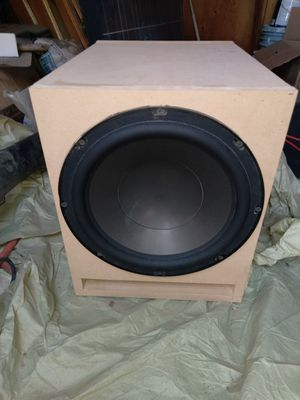 "Polk audio 12"" powered subwoofer for Sale in Visalia, CA"