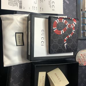 Men's Gucci Snake Wallet Authentic for Sale in Canton, MI
