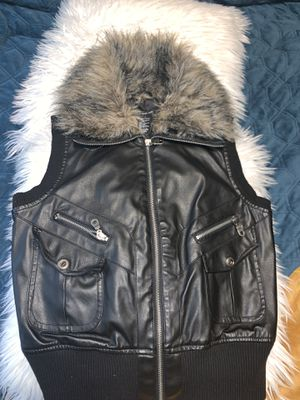 Faux leather vest New size Medium for Sale in Salinas, CA