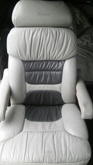 Leather reclining chairs from 2003 Chevy Express for Sale in Kissimmee, FL