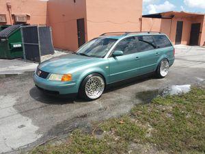 1999 vw passat wagon 1.8 t automatic for Sale in Miami Gardens, FL