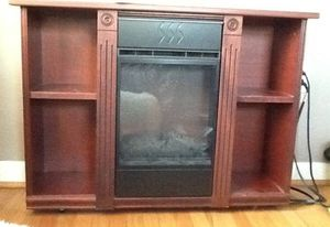 Heat Surge Electric Fireplace With Remote Control for Sale in Springfield, PA