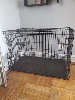 """Dog crate 36"""" for Sale in The Bronx, NY"""