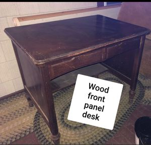 Small antique desk wood for Sale in Cleveland, OH