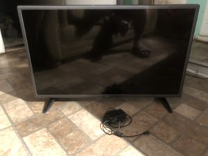 Tv LG 32 inch no remote for Sale in San Diego, CA