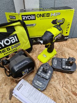 Ryobi ONE+ HP 18V Brushless Cordless Compact 1/2 in. Drill/Driver Kit with (2) 1.5 Ah Batteries, Charger and Bag for Sale in Snohomish,  WA