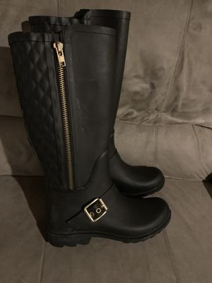 Steve Madden Rain boots 7 for Sale in Mount Laurel Township, NJ