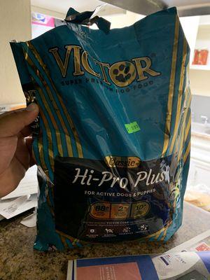Víctor hi pro plus for Sale in Riverside, CA