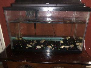 10 gallon Fish Tank for Sale in Plano, TX