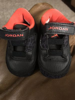 Baby Jordan's size 1 for Sale in Fort Washington, MD