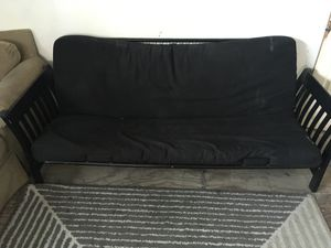 $40 dlls ONLY AVAILABLE IN TIJUANA Futon couch with mattress for Sale in Tijuana, MX