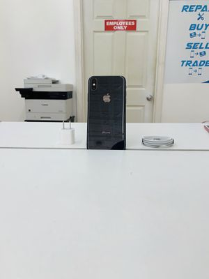 Iphone x 64gb factory unlocked for Sale in Methuen, MA