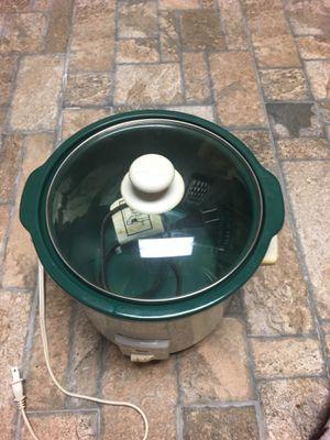 Small Crock Pot for Sale in Hendersonville, TN
