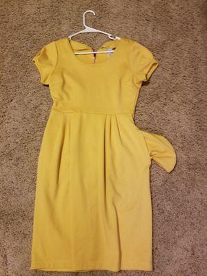Yellow Dress ..Size Medium for Sale in Riverton, UT
