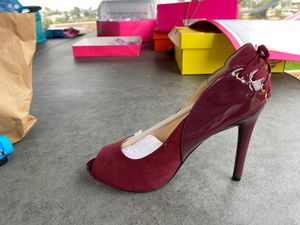 BURGUNDY brand new GUESS heels for Sale in San Diego, CA