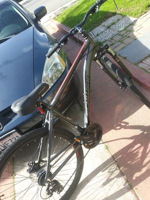 Schwinn mountain bike with disc brakes for Sale in Pleasanton, CA