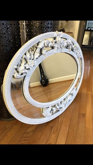 "Oval Ornate wood mirror 37""X26""( serious inquires please ) for Sale in Gainesville, VA"