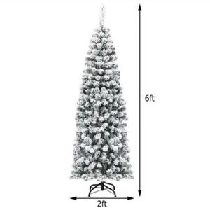 E8-9/ 6 ft. Yellow Pre-Lit Light Classic Artificial Christmas Tree with Constant 500 Tips 250 Lights Yellow Warm for Sale in Diamond Bar, CA