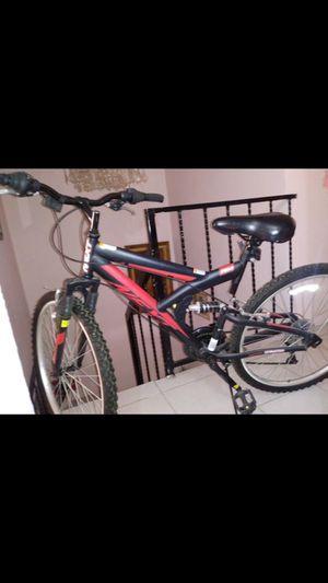 Mountain bike for Sale in Chula Vista, CA