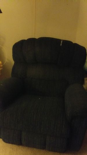 Recliner and sofa bed for Sale in Fort Meade, FL
