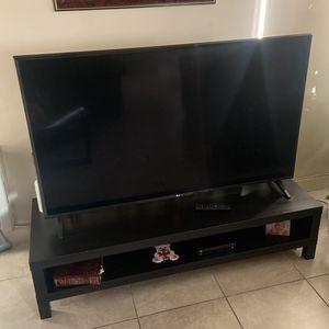 LG Smart 4K TV for Sale in Fontana, CA