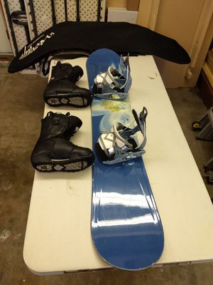 Womans Snowboard for Sale in La Habra Heights, CA