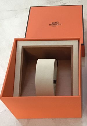 Authentic Hermès of Paris empty watch gift box plus matching Hermès gift bag as a set for Sale in Miami, FL