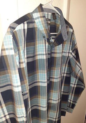 Van Heusen Plaid Button Font Casual Dress Shirt Large for Sale in Cincinnati, OH