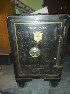 Victor safe & lock company safes for Sale in Green Bay, WI