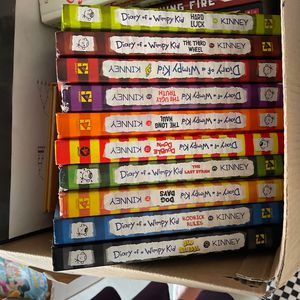 Diary Of A Wimpy Kid Book Set for Sale in Selma, CA