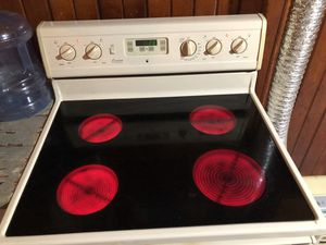 AMANA self cleaning stove for Sale in Wathena, KS