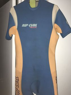 Vintage Rip Curl Spring / Shorty Wet Suit for Sale in Vista,  CA