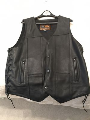 Leather Motorcycle Vest - XL for Sale in Hamilton Township, NJ