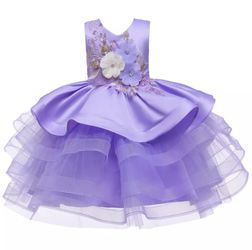 Brand New, Never Worn Stunning Dress with flower appliqués, color purple, size 4T. for Sale in Riverview,  FL