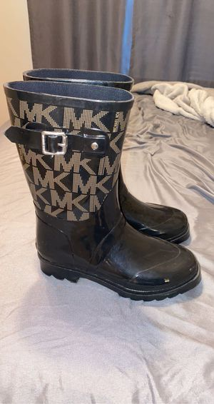 MK rain boots for Sale in Fayetteville, NC