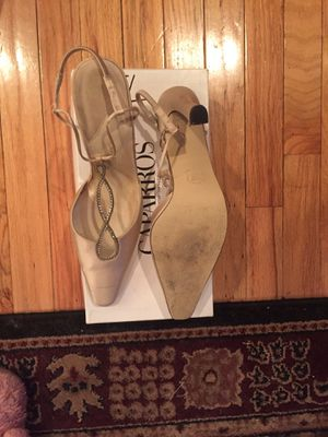 Like new cream colored dress sling heel brand name Caparros for Sale in Nashville, TN