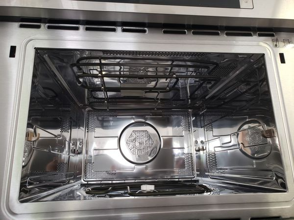 """NEW ! BOSCH BUILT 30"""" STAINLESS STEEL ELECTRIC MICROWAVE"""