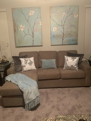 Like New Reversible Sofa with a Chaise for Sale in Lawrenceville, GA