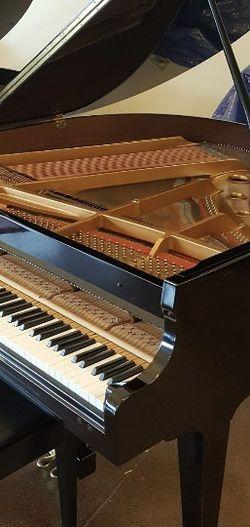 Samick Baby Grand Piano for Sale in Everett,  WA
